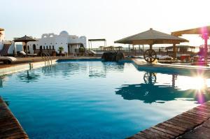 Het zwembad bij of vlak bij Daniela Diving Resort Dahab