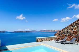 Piscina di Ambassador Aegean Luxury Hotel & Suites o nelle vicinanze