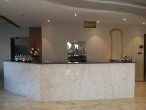 O saguão ou recepção de Rokun Aknan Hotel