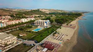 A bird's-eye view of Roses Hotel