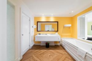 A bed or beds in a room at The Yeatman