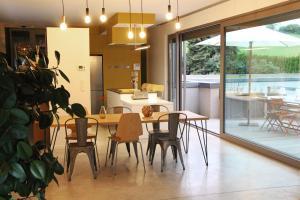 Restaurant ou autre lieu de restauration dans l'établissement Archibien