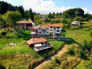 Гледка от птичи поглед на Къща за Гости Панорама