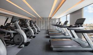 The fitness center and/or fitness facilities at Bangkok Marriott Hotel The Surawongse - SHA Certified