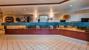 The lobby or reception area at Best Western Pony Soldier