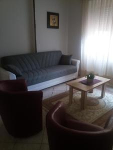 A seating area at villa del colle appartamento