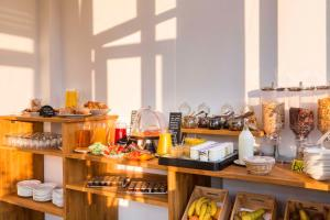 Een restaurant of ander eetgelegenheid bij Régent Contades, BW Premier Collection