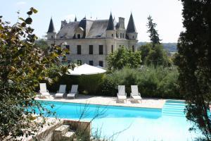 The swimming pool at or near Chateau Camiac