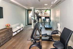 The fitness center and/or fitness facilities at Hotel & Spa REGENT PETITE FRANCE