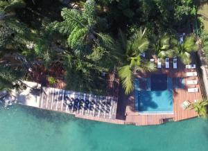 A view of the pool at Pousada e Mergulho Jamanta or nearby
