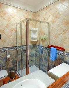 Un baño de Villa Raima