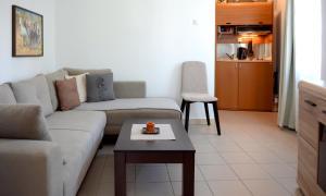 A seating area at GreeceRent - LADADIKA