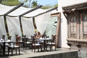 A restaurant or other place to eat at The O Hotel Beach Resort & Spa, Goa