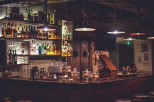 Ο χώρος του lounge ή του μπαρ στο Παρωραία