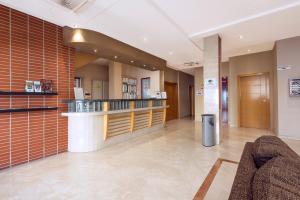 El vestíbulo o zona de recepción de NS Albolut