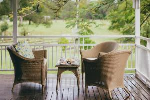 A balcony or terrace at The Eumundi Dairy