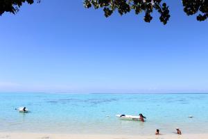 Uma praia perto do chalé