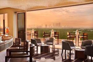 مطعم أو مكان آخر لتناول الطعام في Anantara Eastern Mangroves Abu Dhabi