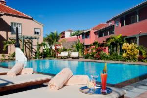 Het zwembad bij of vlak bij Hotel Hacienda de Abajo-Adults Only