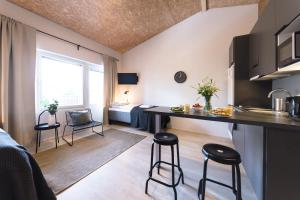 Kuchyň nebo kuchyňský kout v ubytování Spot Apartments Uusmäki