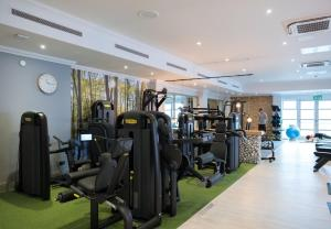 The fitness center and/or fitness facilities at North Lakes Hotel and Spa