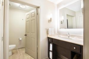 Kupatilo u objektu Homewood Suites Austin/South