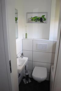 A bathroom at Villa LE