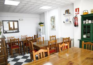 Un restaurante o sitio para comer en Fonda Prat