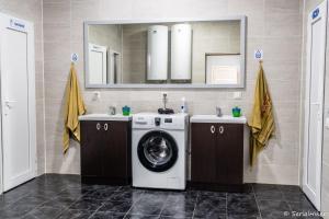 A bathroom at KbH-Karakol based Hostel
