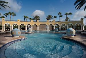 The swimming pool at or close to Hilton Grand Vacations at Tuscany Village