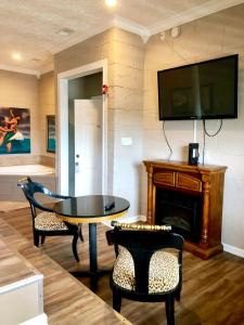 A television and/or entertainment center at Atlantis Inn - Tybee Island