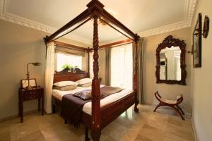 Säng eller sängar i ett rum på The Town House - Adults Only
