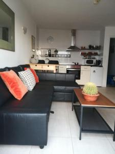 Una cocina o zona de cocina en Apartamento Natalia La Florida