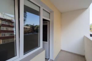 Балкон или терраса в Apartment on Gastello