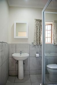 A bathroom at 870 on Riverview Drive