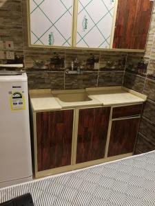 مطبخ أو مطبخ صغير في رؤى القنفذة