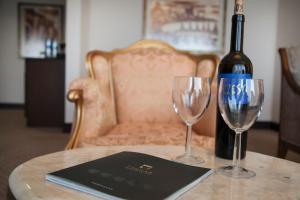 Drinks at Chinar Hotel & Spa Naftalan