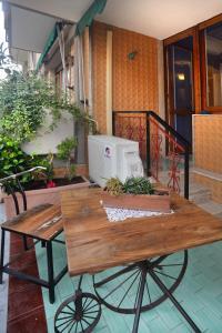 A patio or other outdoor area at Donna Filomena Casa Vacanza di Charme