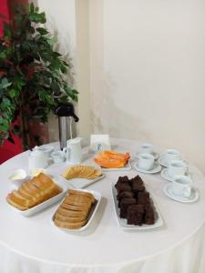 Breakfast options available to guests at Pousada Ecoville