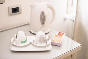Set per la preparazione di tè e caffè presso Florence Shabby Chic Home