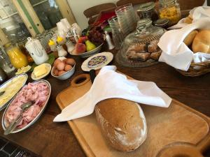 Breakfast options available to guests at Penzion V polích