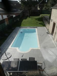 A view of the pool at Gite 3 épis Tour de Charme or nearby