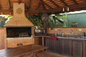A kitchen or kitchenette at Hotel Vila da Serra