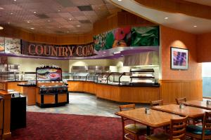 A restaurant or other place to eat at Harrah's Joliet Casino Hotel