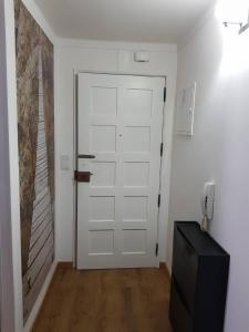 A bathroom at Beautiful Apartament Sé Velha I