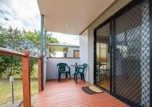 A balcony or terrace at Secura Lifestyle Magnetic Gateway Townsville