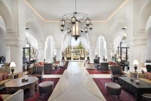 A restaurant or other place to eat at Al Manara, a Luxury Collection Hotel, Aqaba