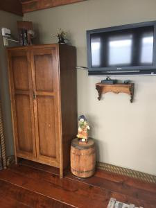 A television and/or entertainment center at SeaWatch Bed & Breakfast