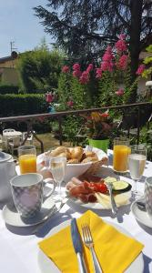 Breakfast options available to guests at Hotel Weingarten