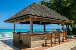 Бассейн в Royal Decameron Montego Beach Resort - ALL INCLUSIVE или поблизости